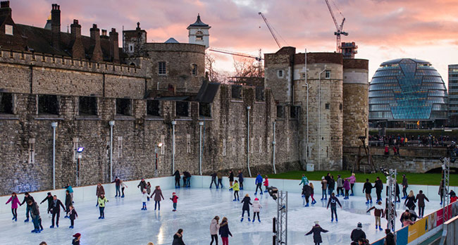 伦敦塔冬日滑冰场
