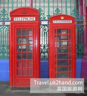 电话亭 K2 (左) & K6 (右)