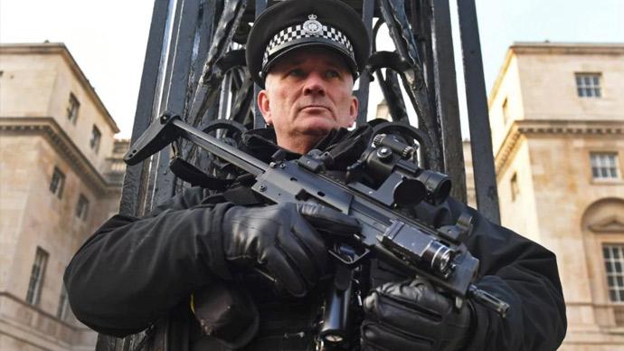 伦敦警察将专注于'更重要的任务'
