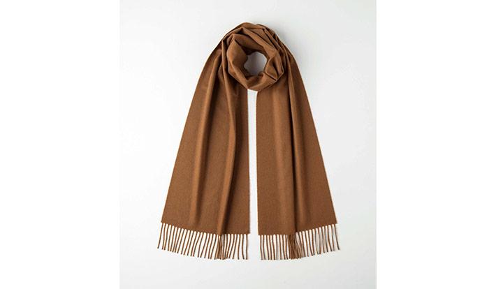 100%骆马毛制成的围巾