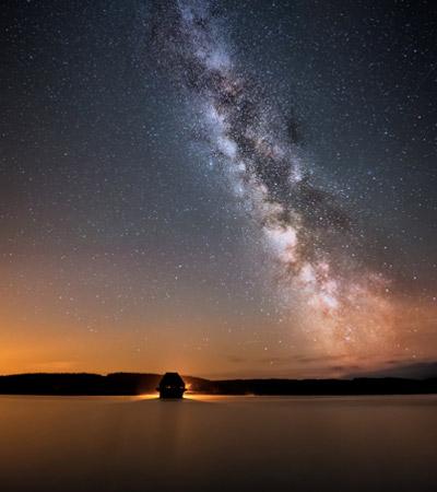 Kielder Forest 的银河