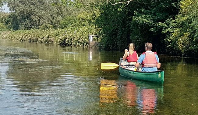 Canoe-Wild