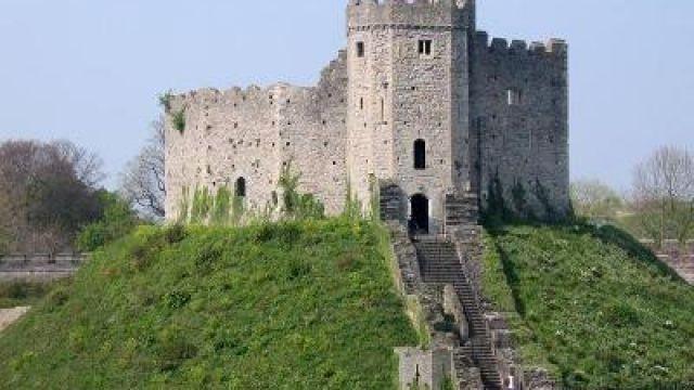Wales-Castle.jpg