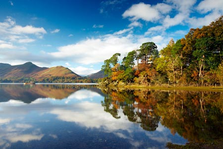 http://travel.uk2hand.com/wp-content/uploads/l_Holiday_and_Homes_Derwent_Lake_Lake_District_650629566.jpg?x30252