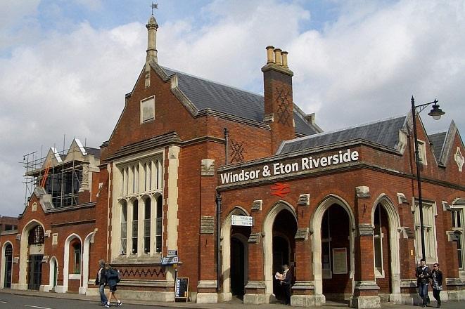 温莎和伊顿公学火车站