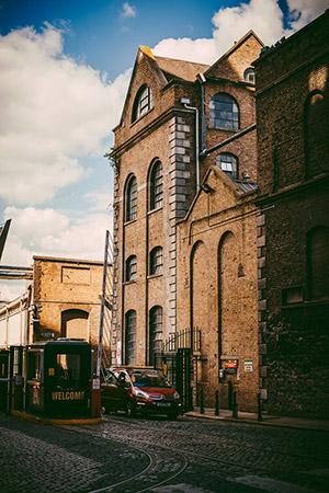Guinness 啤酒厂的入口处
