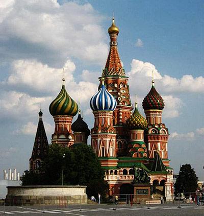 东正教堂非常容易辨认,俄罗斯方块游戏玩过吗……