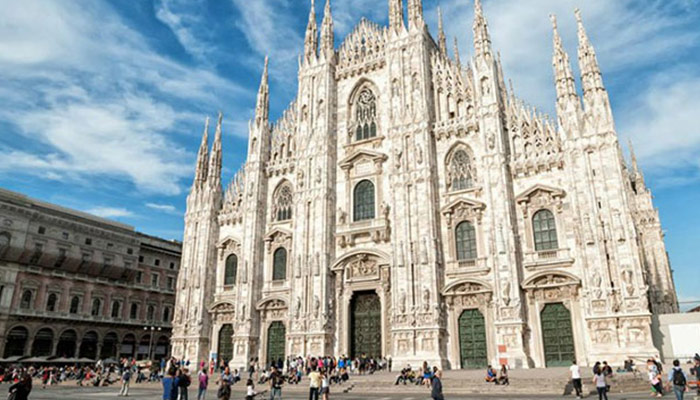 华丽的米兰大教堂是天主教米蘭總教區的主教座堂。