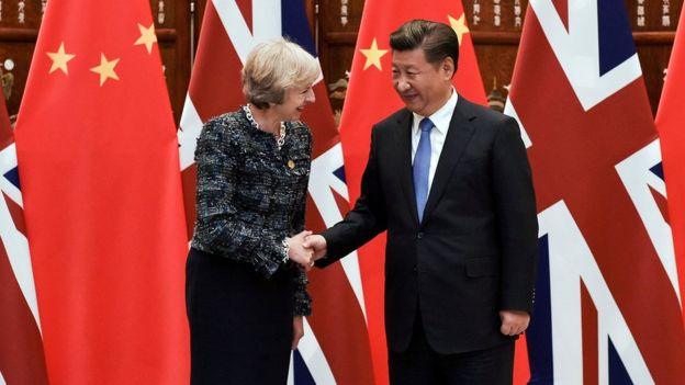 英国首相特里莎·梅曾在2016年9月在杭州举行的20国峰会期间会见中国国家主席习近平