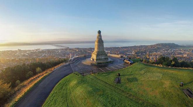 Dundee Law 高地上的风景