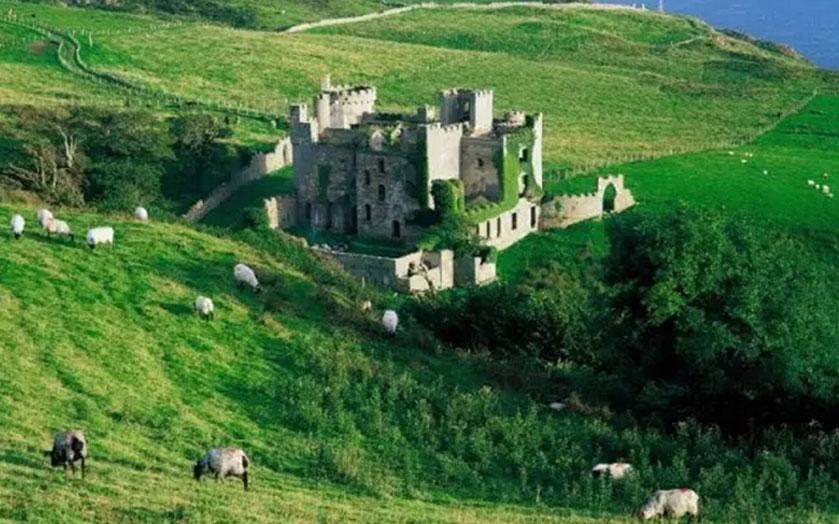 爱尔兰签证能到英国旅游吗?
