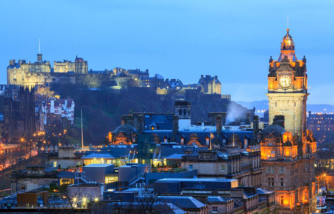 爱丁堡的夜景