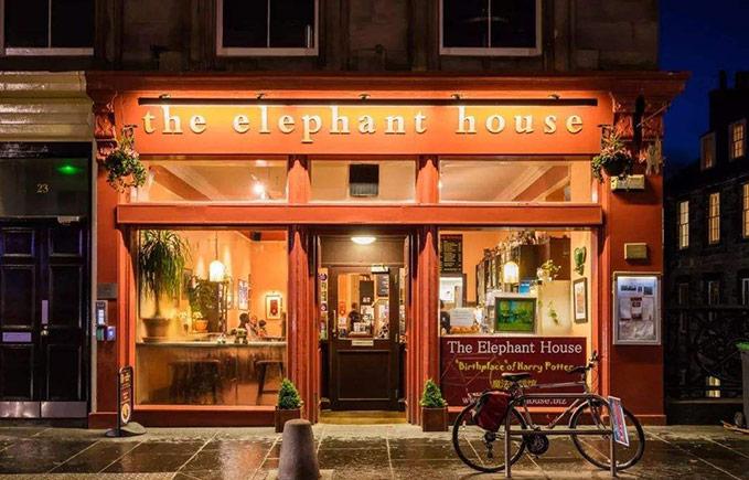 爱丁堡的大象咖啡馆