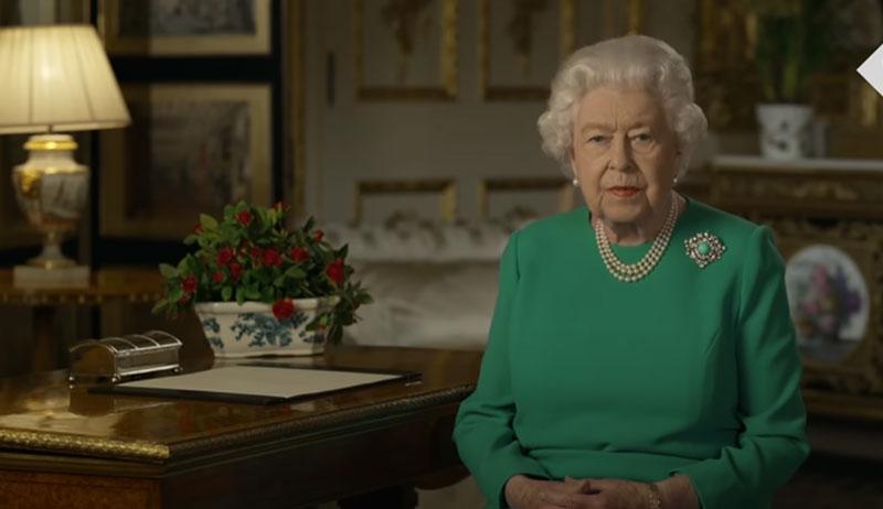 英国女王演讲鼓励民众攻克难关