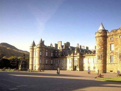 Palace-Holyroodhouse.jpg